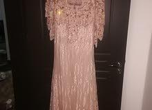 فستان سهرة راقي  السعر 700