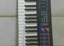 بيانو بحالة جيدة جدا اصلي casio