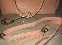 Used Hand Bags for sale with an excellent specifications