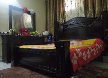 بيع غرفة نوم بحالة جيدة