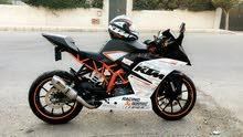 KTM RC390.