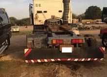 شاحنة فولفو موديل 1992 مع ترله سطحه المانية