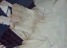 فستان زفاف للبيع رائع وجميل وبسعر منخفض