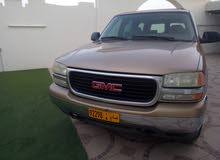 GMC Suburban 2001 For sale - Gold color