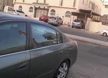 سيارة التيما للبيع موديل 2004