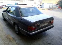 Mercedes Benz E 200 1991 For sale - Silver color