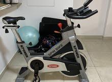 Spinning bike. دراجه ثابته للرياضه