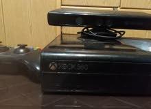 Xbox360 بحاله ممتازه ومعها fifa 18