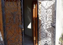 منزل للايجار فى منطقة عين زارة  قريب من سمافور زويتة فى منطقة ممتازة ايجار فى يو