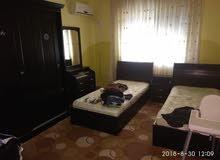 شقة للبيع مع عفش أو بدون حي أم الزويتينة مقابل التعليم العالي