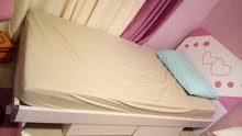 سرير  عدد 2 مع دروج