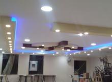 فني كهرباء محترف ( صيانة + تأسيس + ديكورات )