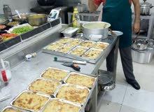 شيف طباخ ابحث عن عمل لدي اسرة محترمه او شركه او تصميم مطعم