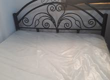 سرير + مرتبه بحاله ممتازه