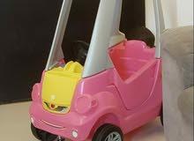 سيارة أطفال