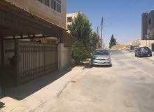 شقة أرضية طابقية  400 م خلدا خلف البنك العربي