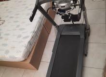 Treadmill for sale used around 10 times جهاز مشي للبيع شبه جديد