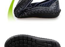 حذاء من شركة vanmie