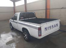نيسان 4 شناكل 1990 للبيع