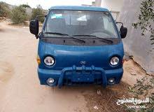 سائق سيارة نقل بورتر دخل وخارج طرابلس