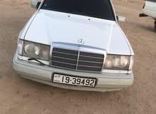 مرسيدس بطه E200 1992 للبيع