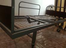 تخت طبي (عجلات)