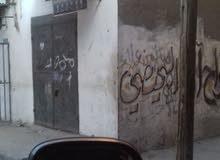 حاصل للبيع في سوق مخيم دير البلح وسط السوق على شارعين