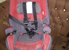 كرسي طفل للسيارة