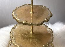 حامل حلويات ثلاث طبقات من ماده الريزن