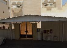 للبيع بالرميثية بيت حكومي دورين بمساحة 750م