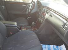 مرسيدس E200 كومبريسور موديل 2001للبيع بسعر مناسب