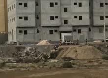 عماره للبيع في مخطط 8المحمديه تتكون من ثمانيه شقق ارغب ببيعها ب السعر 5مليون لتواصل