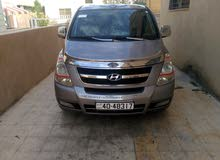 Automatic Grey Hyundai 2012 for rent