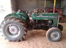 جرار زراعي للبيع العنوان ترهونه الخضراء رقم الهاتف 0913814409