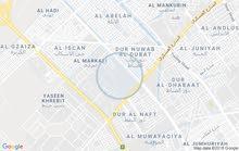 اريد شقه للايجار في اربع شوارع _حي الاساتذه قرب الجامع والمدارس الحكوميه ...
