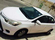 Toyota yaris 4sale 2014model