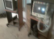 طاولات كمبيوتر للبيع