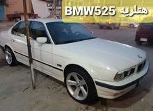 BMW 525سياره جاهزه من كل شي رقمهاا بغداد مديل 89