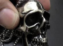 skull neckless