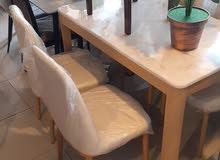 طاوله رخام عاليه الجوده 4 كرسي