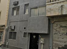 فرصه للبيع منزل في السقيه بالقرب من المستشفى السلمانيه والمدارس والمجمعات