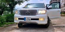 تويوتا لاندكروزر صالون2010 VX-R V8 أوتوماتيك فل كامل مجمرك مرقم نظيييف..