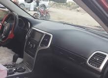 جيب شيروكي كلين مكفولة من الضرر جديدة سياره 2011 رقم بغداد  بسمي  وبه مجال