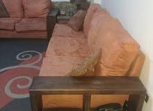 طقم جلوس خشب أنتيك ثقيل. مستعمل بحالة جيدة