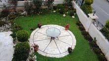 شقة سوبر ديلوكس مساحة 370 م² - في ضاحيةالامــير راشد للايجار