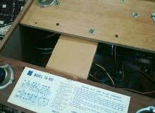 """جهاز (فونوغراف) """"بيكم"""" مشغل اسطوانات كلاسيكية وراديو / انتاج عام 1970م"""