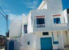 A vendre une belle villa située à Cité ETTADHAMEN 2
