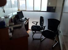 office for rent lareg size with partisheN