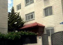 شقة طابقية للايجار خلف دائرة الافتاء