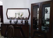 شقة طابق ثالث مساحة 150م للبيع مع العفش/ حي الصحابة 62